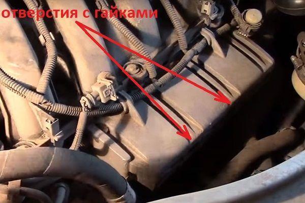 Как поменять масло в двигателе на Рено Логан