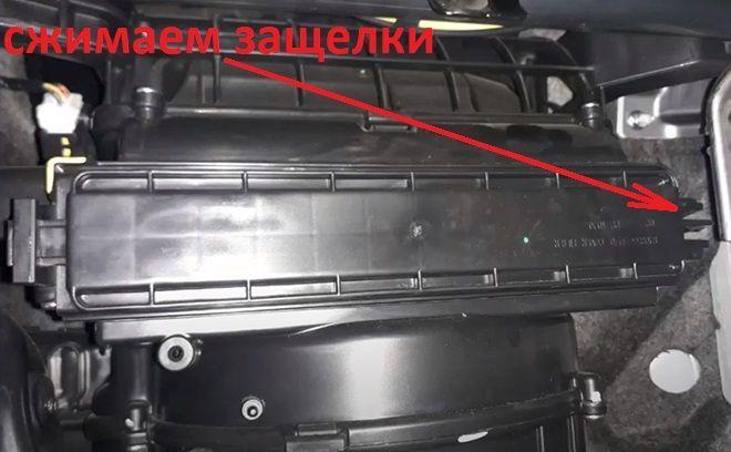 Как заменить салонный фильтр на Хендай Крета